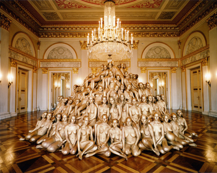17937-1368314174-Spencer Tunick