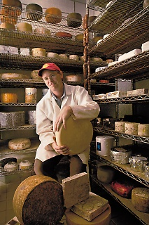 3.Stinky Cheese-1web-1005-fin-c_copyright Randy Duchaine